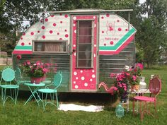 Who's up for a little Halloween Glamping? glamping and I especially love all the fun glamour campers people are redoing a. Retro Caravan, Retro Campers, Vintage Caravan Interiors, Rv Campers, Vintage Rv, Vintage Caravans, Vintage Travel Trailers, Vintage Airstream, Kombi Motorhome