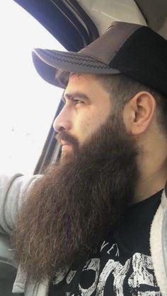 69 Trendy Beard Style For Round Face Men you Must Try Long Beard Styles, Best Beard Styles, Hair And Beard Styles, Hair Styles, Great Beards, Awesome Beards, Hairy Men, Bearded Men, Barbers