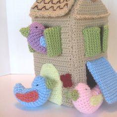 Uccello casa Crochet Pattern di CrochetNPlayDesigns su Etsy