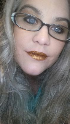 Foxy Glitter shadow over lipstick and Carnivale on lids.