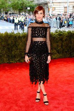 Met Gala alfombra roja Punk Chaos to Couture - Alexa Chung | Galería de fotos 117 de 121 | Vogue México