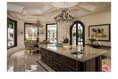 Bel Air mansion - kitchen