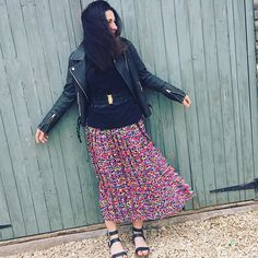 Belting up my brights! And hoping this chilly wind may disappear when I reach #bath  Back to school, back to work. Lots of #wardrobeconsultations and #fashionevents this week so I'll have lots to share on Facebook & instagram so keep a watch out! #tuesdaystyle #tuesdayslook #tuesdayinspiration #pleatedskirt #boldbrights #gladiatorsandals #rufflebelt #bikerjacket #fashionblogger #fashionstylist #fashiondaily #wardrobeconsultant #wardrobestylist #wiwt #7daysofstyle