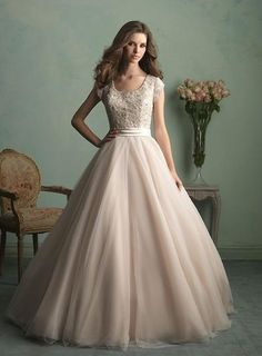 Vintage Off the Shoulder Ball Gown Wedding Dresses with Appliques ...
