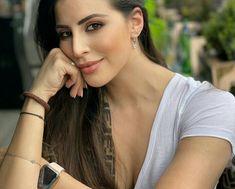 Adriana Lima Victoria Secret, Hoop Earrings, Jewelry, Fashion, Moda, Jewlery, Jewerly, Fashion Styles, Schmuck