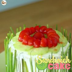 This cake will be the star of your dinner parties! - Recipe Appetizer : Sandwich cake, a fresh and cute appetizer by PetitChef_Official Banana Nutrition Facts, Sport Nutrition, Nutrition Poster, Nutrition Month, Nutrition Quotes, Nutrition Education, Sandwhich Cake, Cute Food, Yummy Food