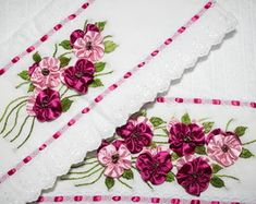 Ribbon Embroidery, Hobbies And Crafts, Bed Sheets, Couture, Silk Ribbon Embroidery, Bath Linens, Felt Play Food, Towel Set, Sheets Bedding