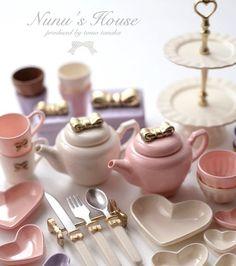 リボンモチーフの食器達☕️ 別カット指比較無しです。 #miniature #ミニチュア #kawaii #sweet #pink #食器#テーブルコーディネート #instagramjapan #可愛い