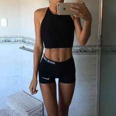 Women's Sportswear and Active Wear - Winter Outfits Night Outfits, Fall Outfits, Sport Outfits, Yoga Outfits, Winter Trends, Street Style Pour Femmes, Outfit Gym, Summer Outfit, Rihanna Street Style