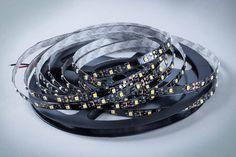 Dzięki taśmie LED można stworzyć przepiękną dekoracje świetlną w tani i łatwy sposób.
