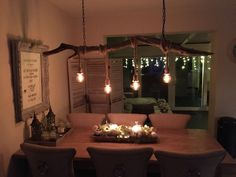 Homemade lamp from a wooden branch, found on the Waal – DRİFTWOOD Homemade Lamps, Driftwood Chandelier, Dining Room, Ceiling Lights, Lighting, House Styles, Home Decor, Dinner Room, Homemade Home Decor