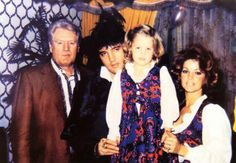 Elvis celebrates Lisa's birthday in Las Vegas, February 1, 1973