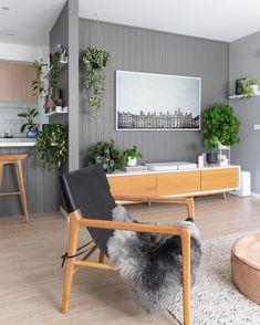 Gray Interior, Modern Interior, Interior Design, Butler Pantry, Diy Home Decor, Outdoor Furniture Sets, Family Room, House Design, Living Room