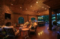 Dream My Outdoor Kitchen | Love this outdoor kitchen and space!