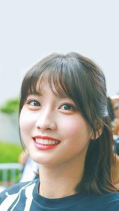 Nayeon, Asian Woman, Asian Girl, Sana Momo, Korean Girl Groups, South Korean Girls, Song Hye Kyo, Hirai Momo, Angel Eyes