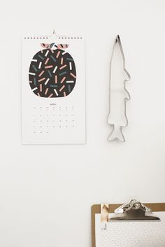 Kauniste wall calendar in Pikku Varpunen blog. Home Office, Pattern Illustration, Paper Weights, Stationery, Crafty, Wall Art, Interior Design, Prints, Surf Boards
