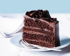 Chocolate mousse layer cake Rachel Allen's chocolate mousse layer cake combines four layers of chocolate sponge sandwiched together with rich chocolate mousse See the chocolate cake recipe Chocolate mousse layer cake Chocolate Recipes, Chocolate Cakes, Chocolate Sponge, Layer Cake Recipes, Cupcake Cakes, Cupcakes, Food Cakes, Cakes And More, Cake Tins