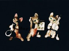 de chats et Trio of cats and の の ceramic Saxophone, Jp Japan, Singer, Dolls, Christmas Ornaments, Holiday Decor, Cats, Baby Dolls, Gatos
