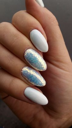 Baby boomer pixel effect nails