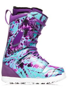 Thirty Two Lashed Women's Snowboard Boots.