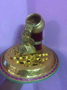Gauri Decoration, Thali Decoration Ideas, Diy Diwali Decorations, Marriage Decoration, Festival Decorations, Flower Decorations, Wedding Decorations, Wedding Gift Wrapping, Wedding Gifts