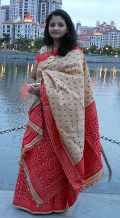 Two IIFA awards for the people of Assam Assam Silk Saree, Indian Silk Sarees, Indian Blouse, Indian Wear, Mekhela Chador, Fancy Blouse Designs, Tribal Women, Handloom Saree, Indian Dresses