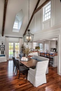 Michelle - Blog #HGTV Dream Home 2015 - Dining Room