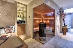 Specialist in maatwerk wellness en interieurprojecten Steam Room Shower, Spa Design, Infrared Sauna, Home Spa, Saunas, Wellness, Pools, Interior, Massage