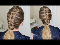 I have seen the infinity braid popping up everywhere! I am so in love with this technique because it looks so difficult but can be so easy to learn. Essentially an infinity braid is created by wrapping hair around two sections of hair in a horizontal… Cool Braid Hairstyles, Side Hairstyles, Braided Hairstyles Tutorials, Unique Hairstyles, Hairstyle Ideas, Hair Ideas, Hairdo For Long Hair, Hair Updo, Infinity Braid