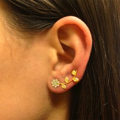 ear cuff with a flower and leaves