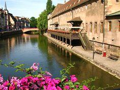 les quais de l'ill à Strasbourg, France