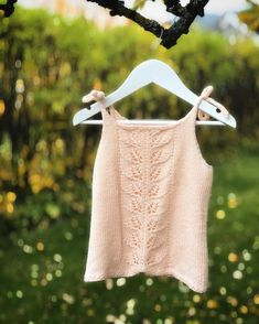 Crop Tops, Tank Tops, Crochet Top, Women, Fashion, Moda, Halter Tops, Fashion Styles, Fashion Illustrations