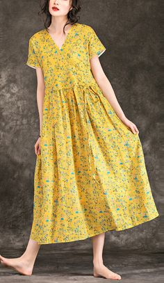 Women yellow floral linen dress top quality design v neck tie waist cotton Summer Dress Women's yellow flowers linen dress high quality design V neck tie waist cotton sundress # yellowdressl # vneckdress # cottonlinendress Summer Dress Outfits, Summer Dresses For Women, Summer Sundresses, Work Outfits, Yellow Dress Summer, Yellow Floral Dress, Yellow Top, College Outfits, Linen Dresses