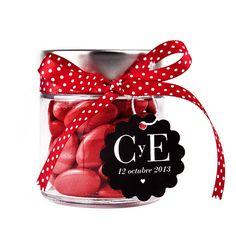 Deliciosas peladillas de chocolate para sorprender a tus invitados. www.vadelazos.com