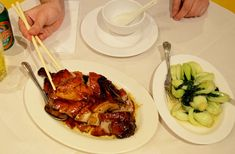 Delicious Pecking Duck at Four Seasons Restaurant, London. Seasons Restaurant, Dim Sum, Four Seasons, Eating Well, Traveling By Yourself, Destinations, London, Ethnic Recipes, Food
