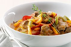 V-Zug recipe for Beef Stroganoff. Head over to 'Our V-Zug Products' board to see our exciting range! Polenta, Recipe For Beef Stroganoff, Recipe Search, Oven Recipes, Stuffed Green Peppers, Cooking Time, Favorite Recipes, Dishes, Wolf Appliances