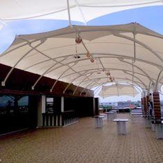 Jual tenda membrane depok untuk perlindungan bangunan pribadi ataupun komersial seperti pertokoan, resto, cafe, hotel, dan lain lain. Tend... Shell Structure, Membrane Structure, Pergola Patio, Gazebo, Origami Furniture, Tensile Structures, Tent Design, Roof Architecture, Rooftop Bar