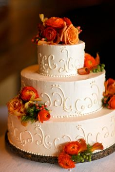Brushed Buttercream Wedding Cake | photography by http://www.peppernix.com