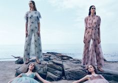 Vanessa-Hedvig-Maartje-Grace-And-Clementine-By-Michal-Pudelka-For-Valentino-Spring-Summer-2015-8
