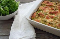 I weekenden lavede jeg en ret til aftensmad, fyldt med grøntsager som blomkål, kartofler, gulerødder, spinat og porre. Ikke just mine børns favoritgrøntsager, bortset fra gulerødderne og kartoflerne. De andre ingredienser går fint i supper, kødsaucer og lasagne, hvis bare de bliver blendet til ukendelighed. I denne ret skulle de også blendes, men ikke til… Læs mere →