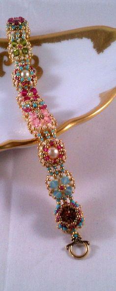 Tutorial for Victorian Antique Slides Beadwoven Bracelet with Swarovski Crystal. $10.00, via Etsy.