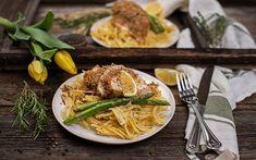 Hühnerfilets mit LAND-LEBEN Bio Semmelbrösel- Parmesankruste Parmesan, Asparagus, Easy Meals, Life, Recipies, Parmigiano Reggiano