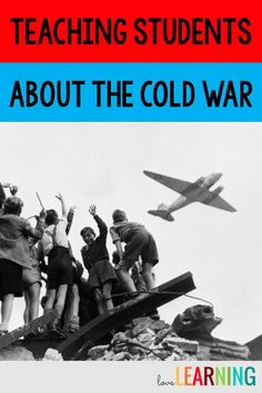 Distance Learning: Cold War Unit with Interactive Notes Social Studies Lesson Plans, Social Studies Classroom, Social Studies Resources, Teaching Social Studies, Teaching History, Student Teaching, Teaching Tools, Teaching Resources, Teaching Ideas