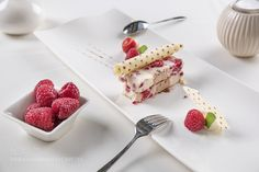 Pic: White chocolate and raspberries terrine