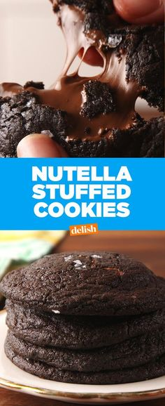 Cookies Nutella heaven is real and this is EXACTLY what it looks like. Get the recipe at .Nutella heaven is real and this is EXACTLY what it looks like. Get the recipe at . Cookie Desserts, Just Desserts, Cookie Recipes, Delicious Desserts, Dessert Recipes, Chocolate Chip Cookies, Nutella Cookies, Yummy Cookies, Xmas Cookies