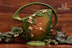 Roseville Pottery 1947 Fern Green Snowberry Basket #18K-8 - The Kings Fortune