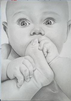 Pencil drawing tutorials, drawing ideas, baby drawing, pencil art, pencil d Pencil Sketch Drawing, Pencil Art Drawings, Art Drawings Sketches, Realistic Drawings, Eye Drawings, Art Illustrations, Portrait Au Crayon, Pencil Portrait, Cute Baby Drawings