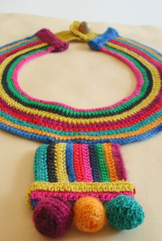 para el verano | by lila rey Love Crochet, Crochet Motif, Knit Crochet, Crochet Stitches, Crochet Jewelry Patterns, Crochet Accessories, Handmade Beaded Jewelry, Handmade Jewelry Designs, Rope Jewelry