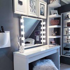 Cute Bedroom Decor, Bedroom Decor For Teen Girls, Room Design Bedroom, Teen Room Decor, Stylish Bedroom, Room Ideas Bedroom, Pinterest Room Decor, Beauty Room Decor, Aesthetic Room Decor