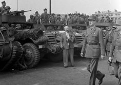 Gaulle, World War Ii, Division, Military Vehicles, Ww2, Monster Trucks, World War Two, Reading Stories, Military Photos